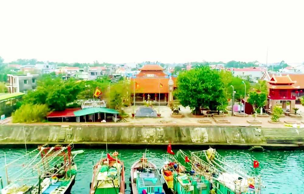 Cụm di tích đền, chùa bên sông Hà Cối